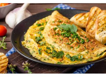 Omelette alle erbette in insalata