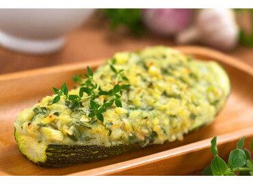 Zucchine al forno ripiene di riso – light e gourmet
